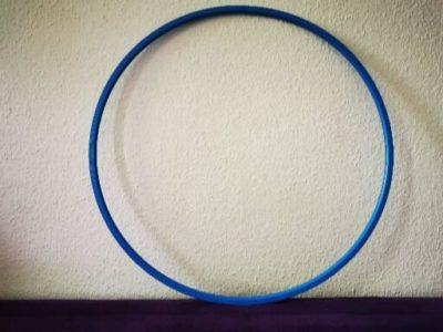 Blauer Gymnastikreifen