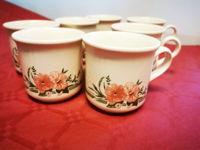 Florales Tassenset (7 Stück)